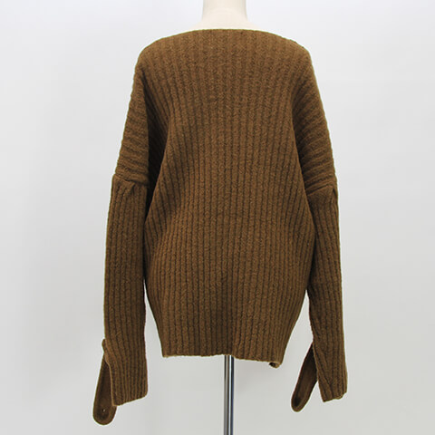 rib button knit